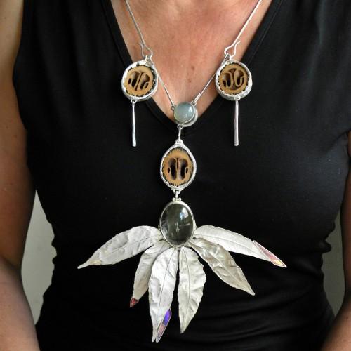 Elisabeth Jesus Defner - necklace