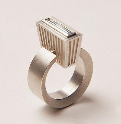 Sabine Hauss - ring