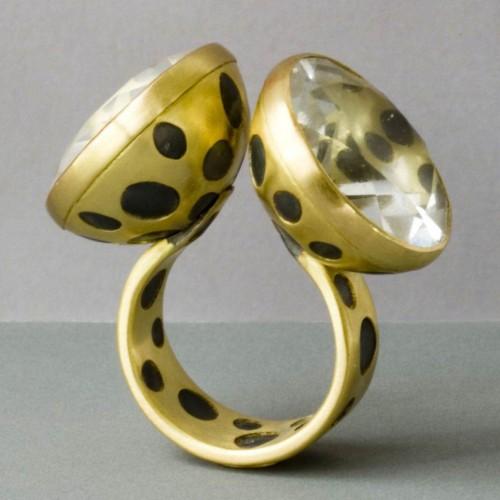 Anna Heindl - ring
