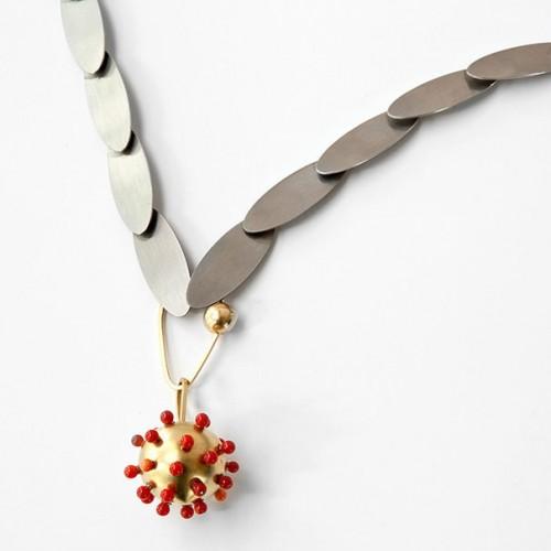 "Anna Heindl - pendant ""berry"""
