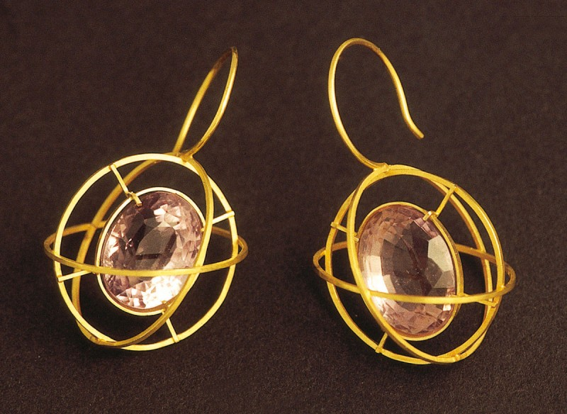 "Melanie Kölsch - earrings ""Planet systems"""