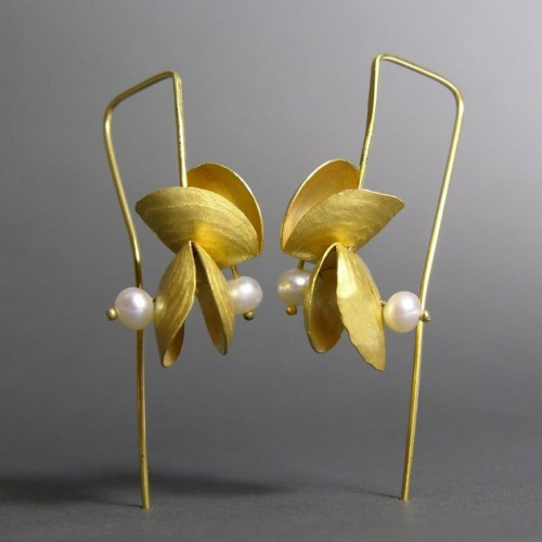Jacqueline Ryan - earrings