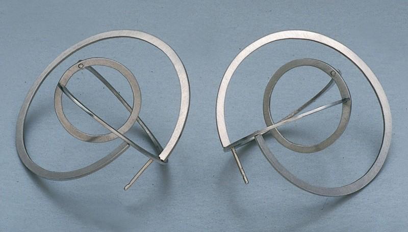 """Jiri Sibor - earrings """"Twisted circles"""""""