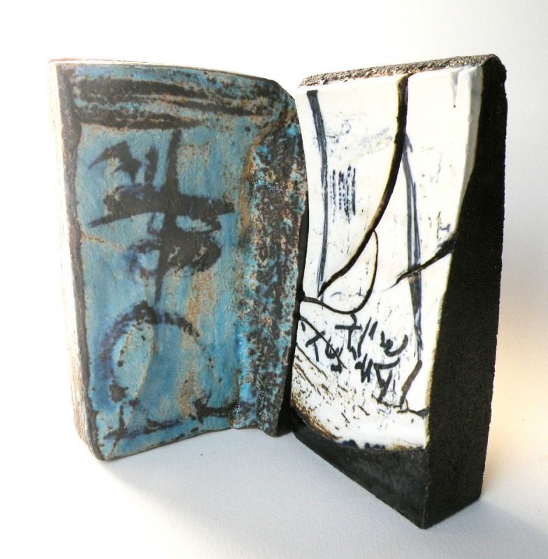 """Madola - ceramic sculpture """" book"""""""
