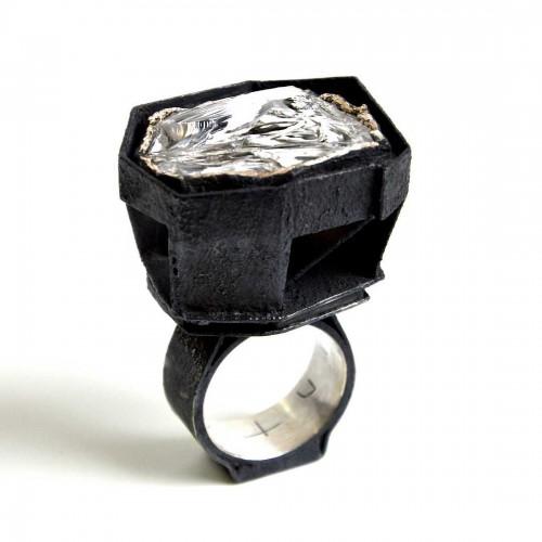 Giovanni Sicuro - ring sculpture
