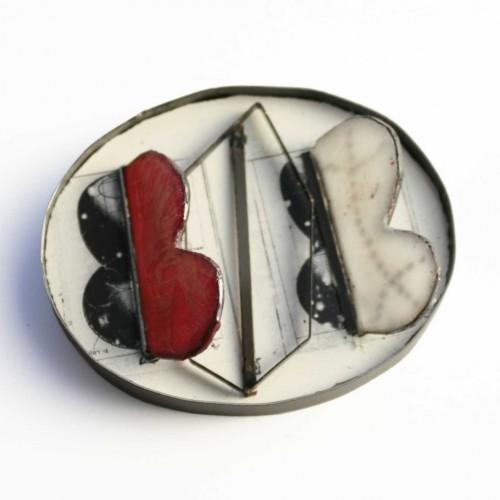 Silvia Walz - reflections - light - geometry red