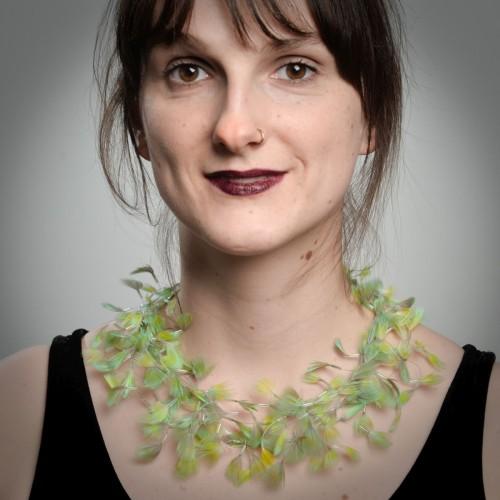 Gudrun Arp - feathers