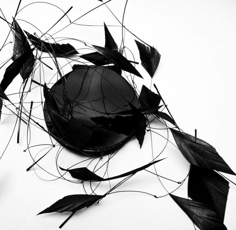Birgit Sophie Metzger - plumed headdress black