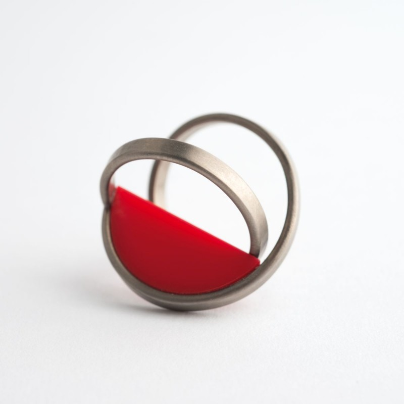 Gerti Machacek - Rote Figur 10