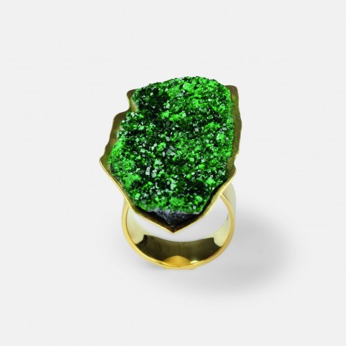 Michael Becker - ring sculpture uvarovite